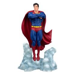 DC Comic Gallery PVC Statue Superman Ascendant 25 cm