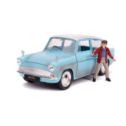 Harry Potter: 1959 Ford Anglia with Harry Potter Figure 1:24