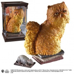 Harry Potter Magical Creatures Statue Crookshanks