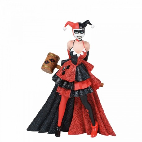 Showcase - Couture de Force Harley Quinn Figurine