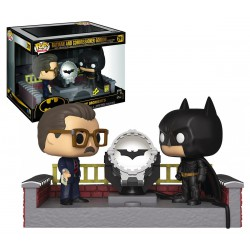 Funko Pop 291 Heroes: DC Comics Batman 80th - Batman And Commissioner Gordon With Light Up Bat Signal