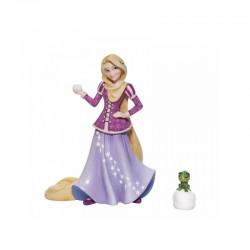 Disney Showcase - Holiday Rapunzel Figurine